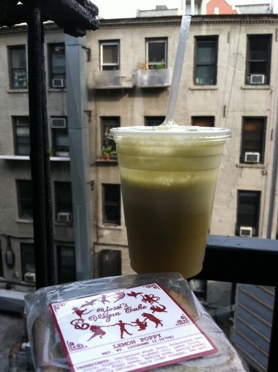vegan juice and cake