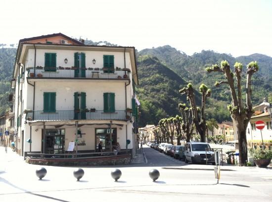 Seravezza, Italy street corner