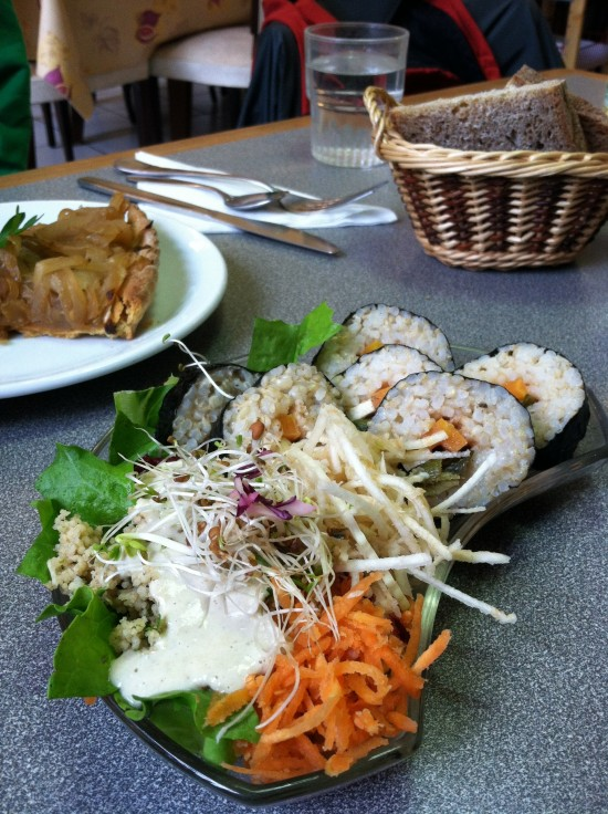vegan sushi in paris france
