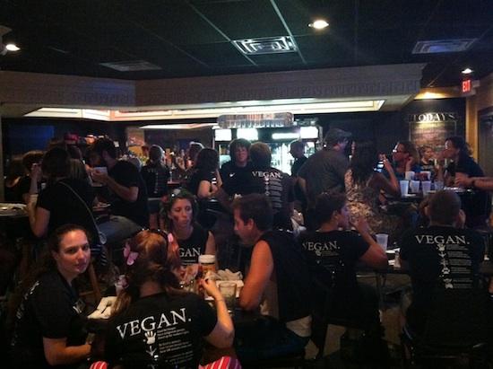 So many vegans! Hal & Al's vegan bar, after party!