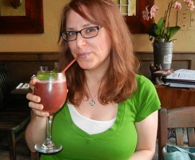 Top Ten Ways to Stay Healthy & Vegan While Traveling: Guest Post by Dianne Wenz
