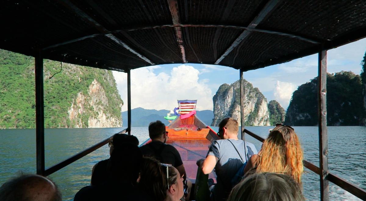 Khao Sok raft and cave tour