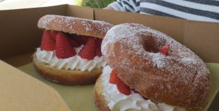 StrawberryDonutsVegan